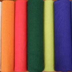 Leinenstoffe farbig